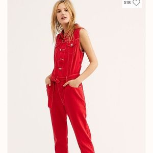 NWT Levi's Cropped Taper Jumpsuit